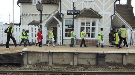 Ridgmont-with-school-children