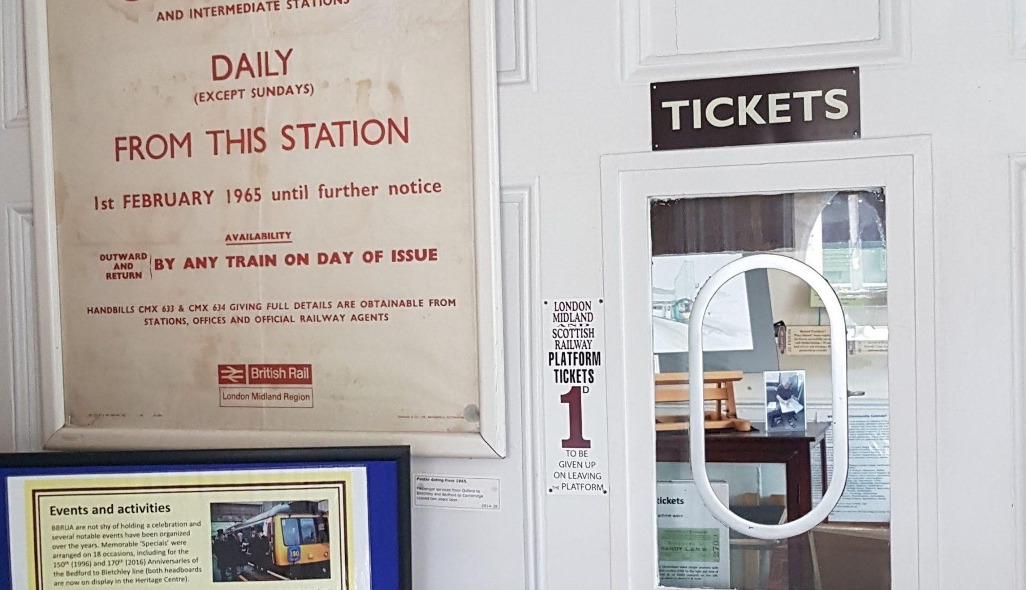 Ticket office at Ridgmont station